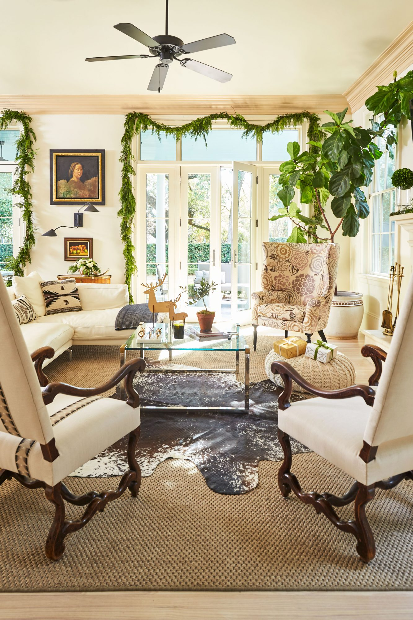 Cece Calhoun New Orleans House at Christmas Living Room