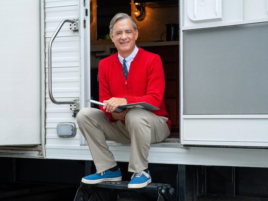Tom Hanks Learns He's a Distant Relative of Fred Rogers: 'It All Just Comes Together' tom-hanks
