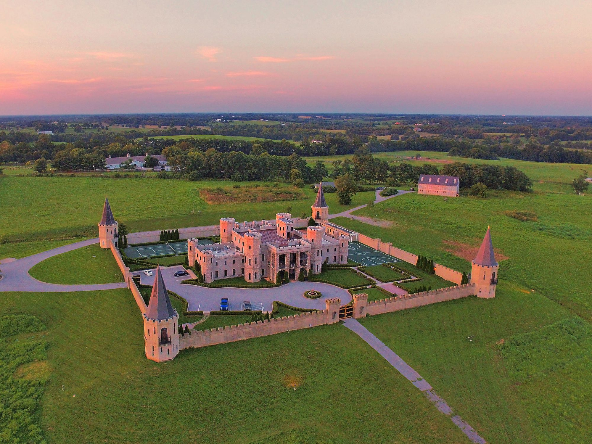 Book Your Next Girlfriends Getaway at This Medieval-Style Castle in Kentucky