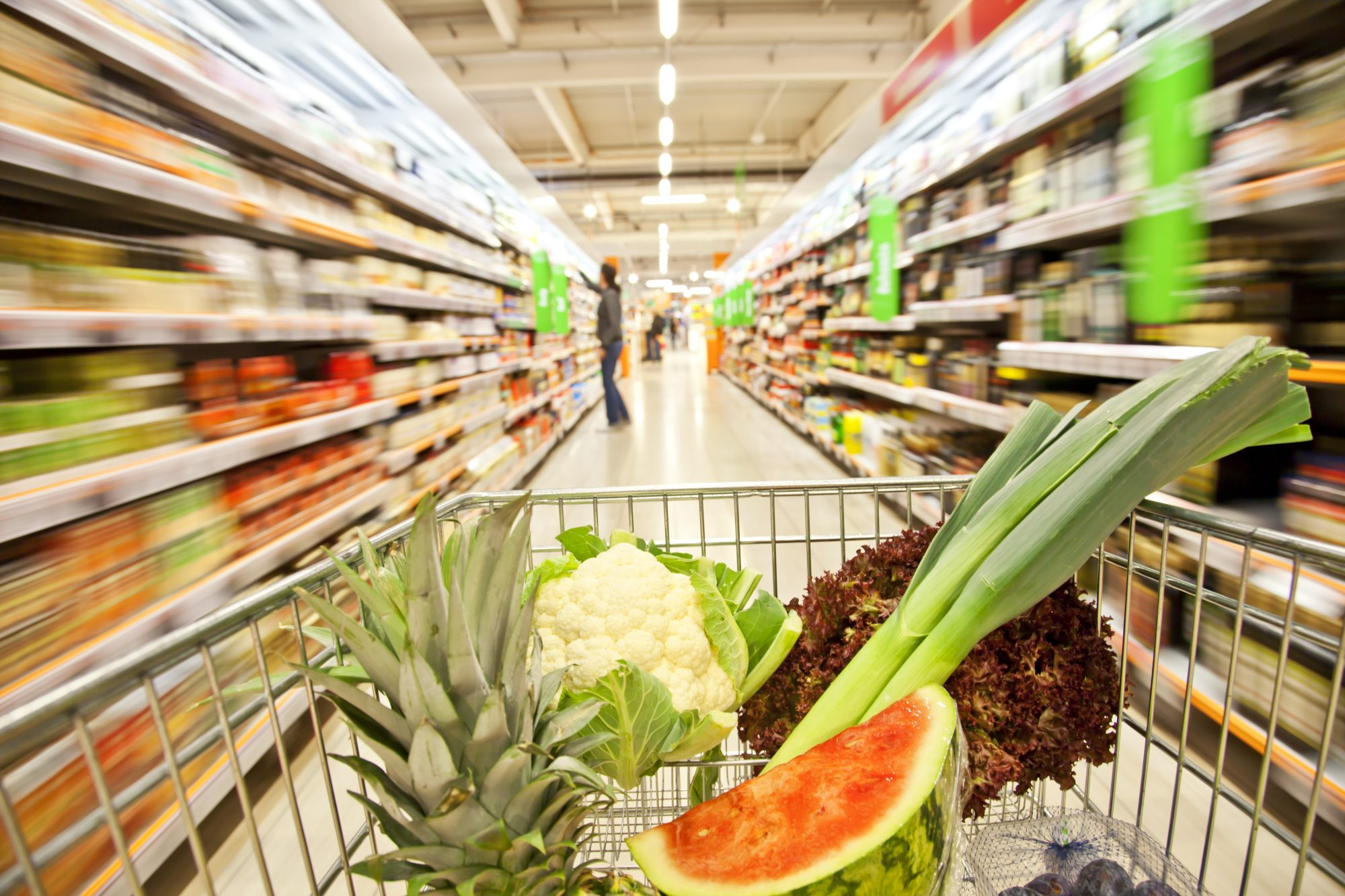 Instacart Professional Shopper Shares Her Tips to Get Out of the Grocery Store Faster