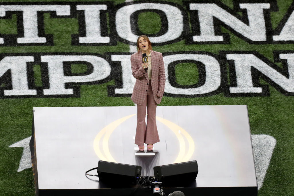 Louisiana Native Lauren Daigle Wows Crowd with National Anthem Performance