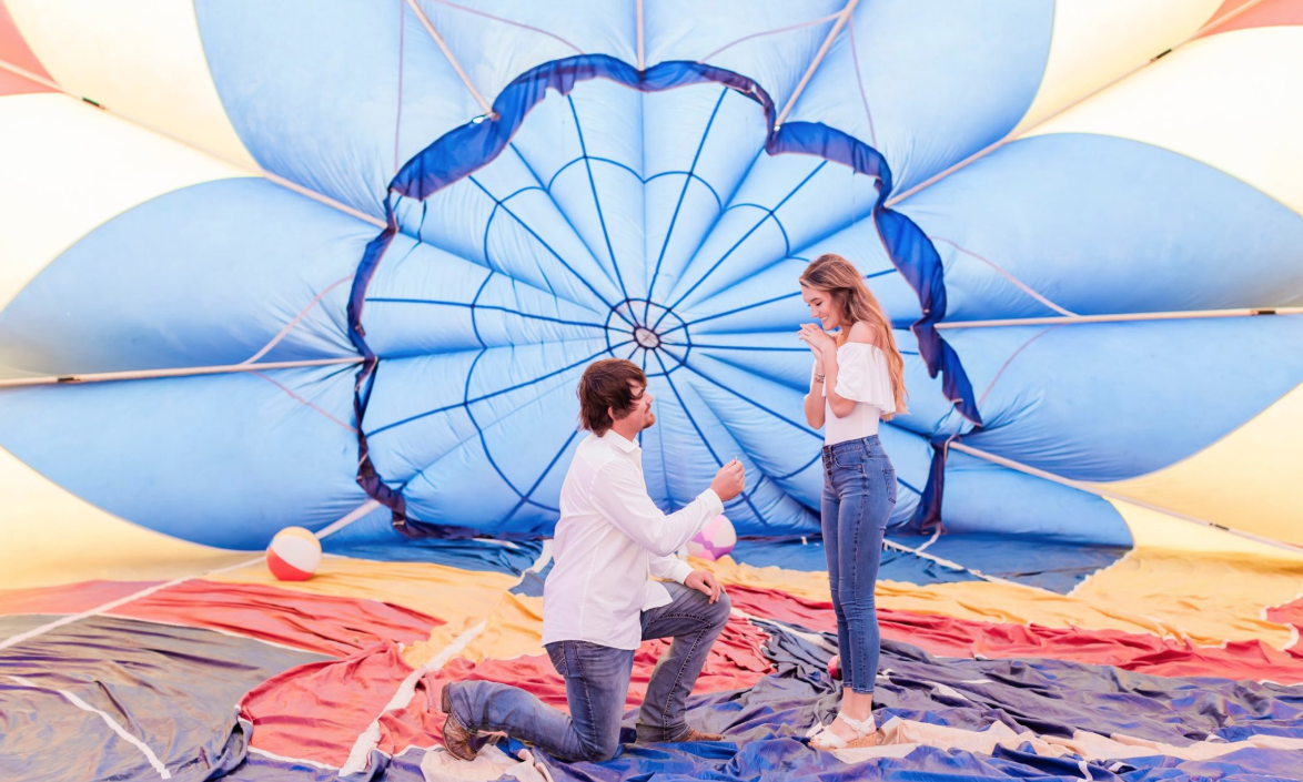 Calling All Lovebirds: Take a Hot Air Balloon Ride in Fredericksburg on Valentine's Day