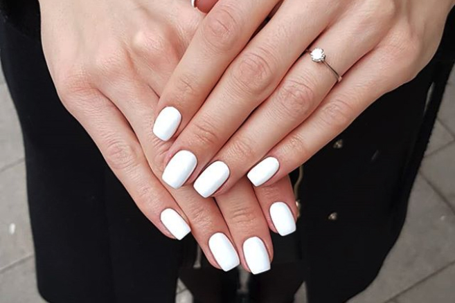 White Nails Are 2020's Most Popular Neutral—And There's a Flattering Shade for Everyone