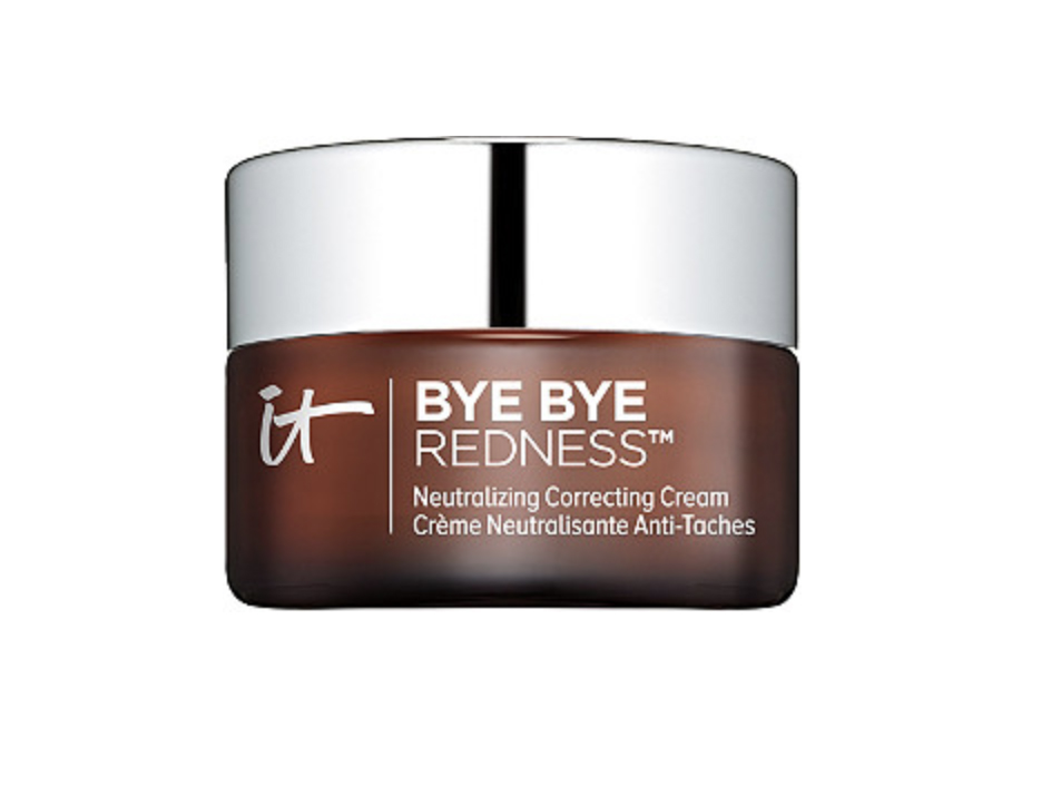 Thanks to My Mom, IT Cosmetics Bye Bye Redness Correcting Cream Is My New Favorite Product