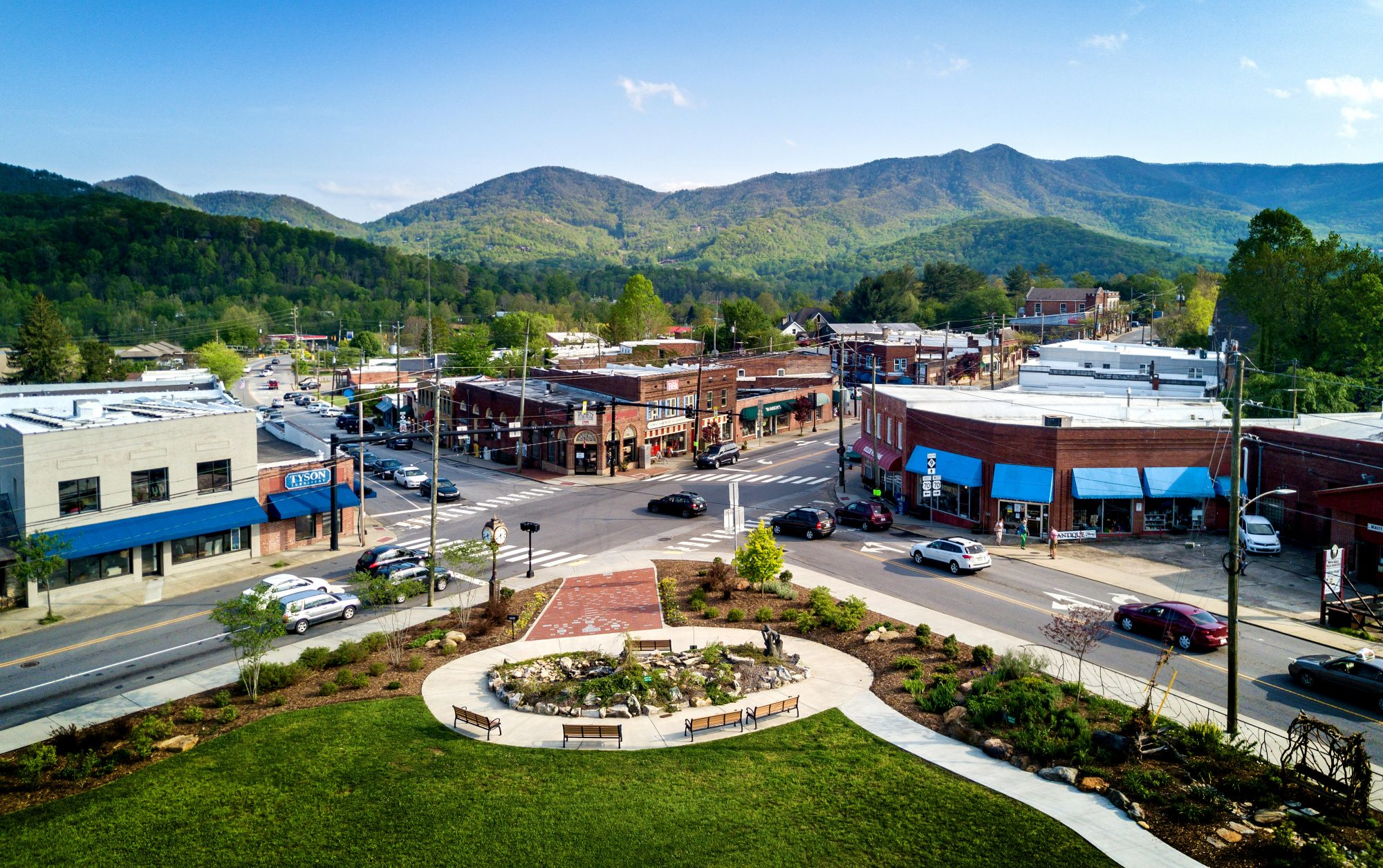 Perched in the Blue Ridge Mountains, Black Mountain is just 15 miles East of Asheville, making it an ideal day trip for anyone looking for their new favorite small town.