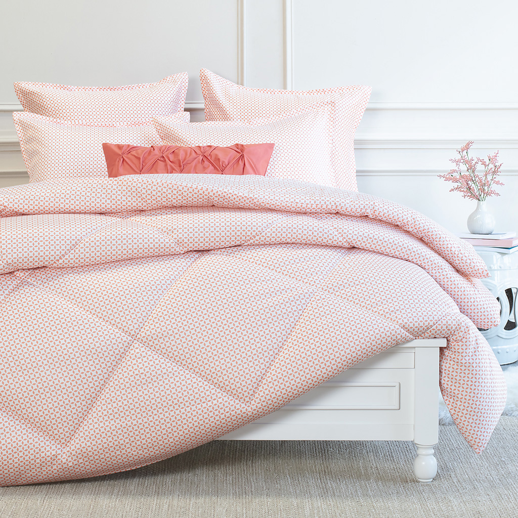 How To Make Your Bed, According to the Pros