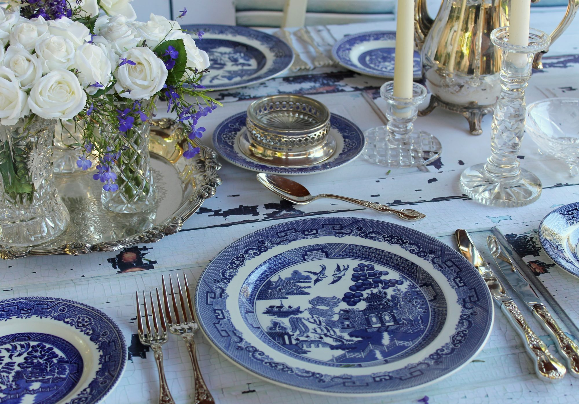 Southerners Love Blue Willow China