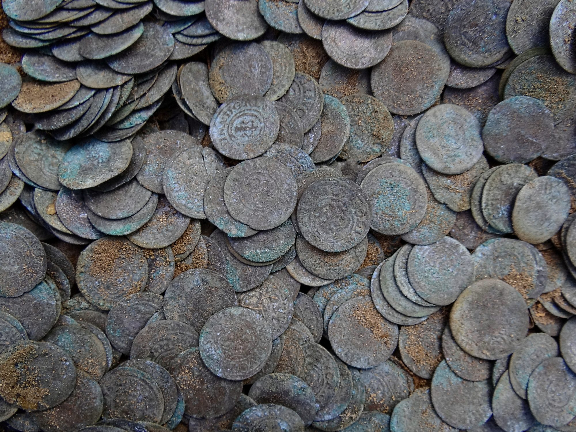 Silver Coins from 300-Year-Old Shipwreck Discovered in Wabasso Beach, Florida