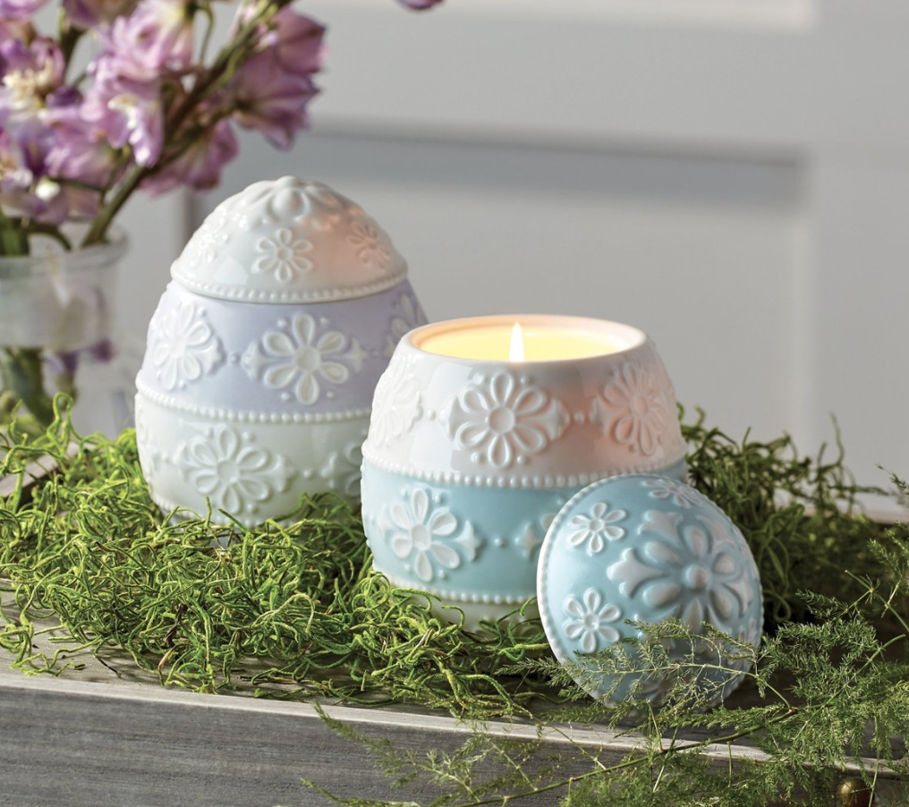Eyelet Easter Candle