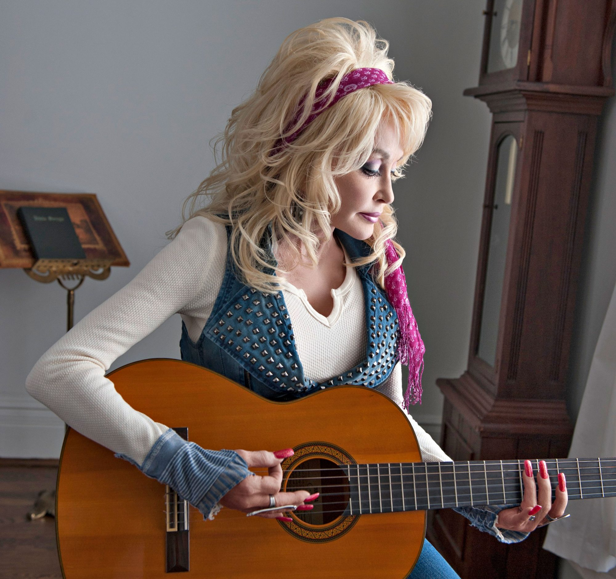 Dolly Parton Southerner of the Year for Her Imagination Library