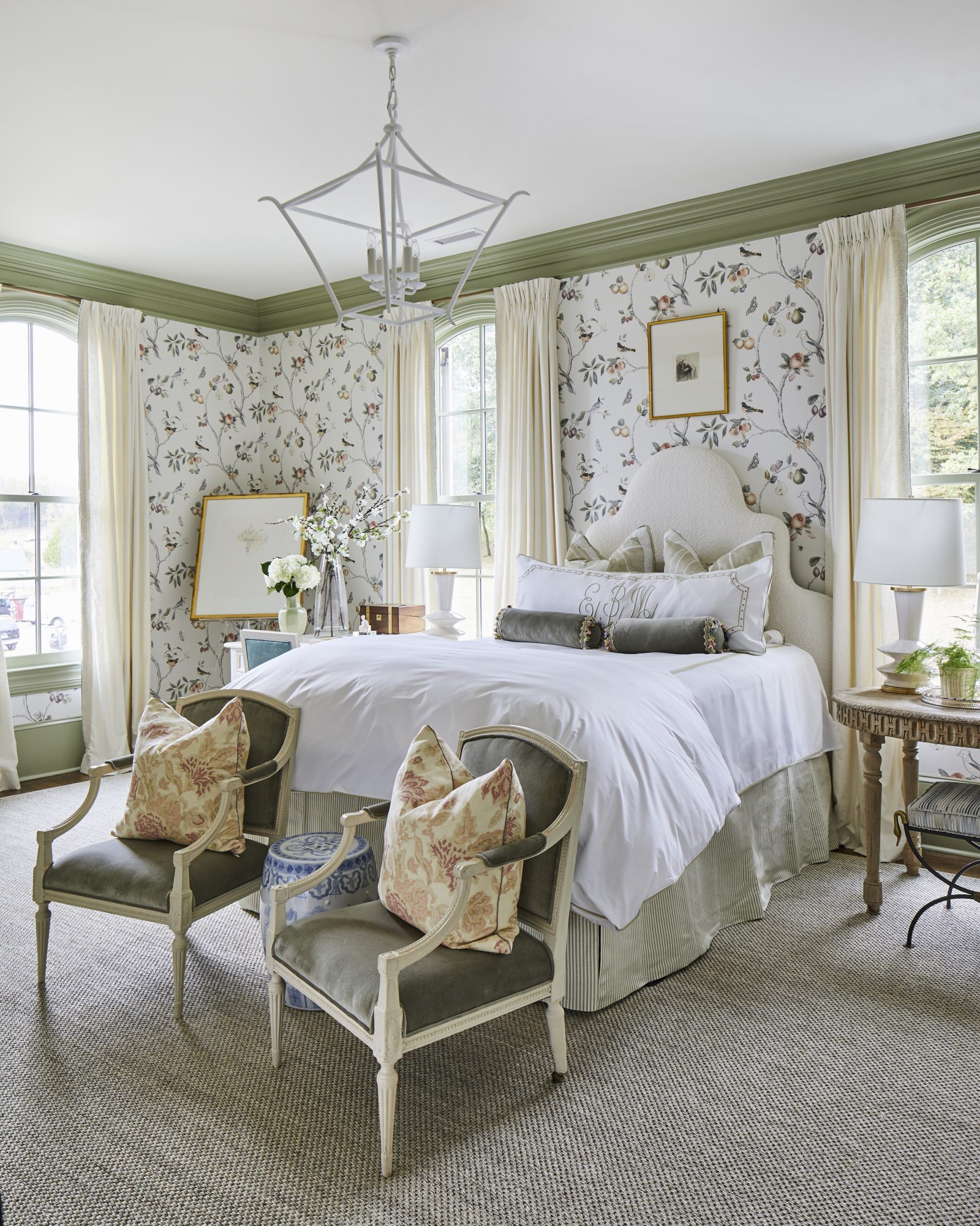Bedroom with Aviary Wallpaper in Green and White