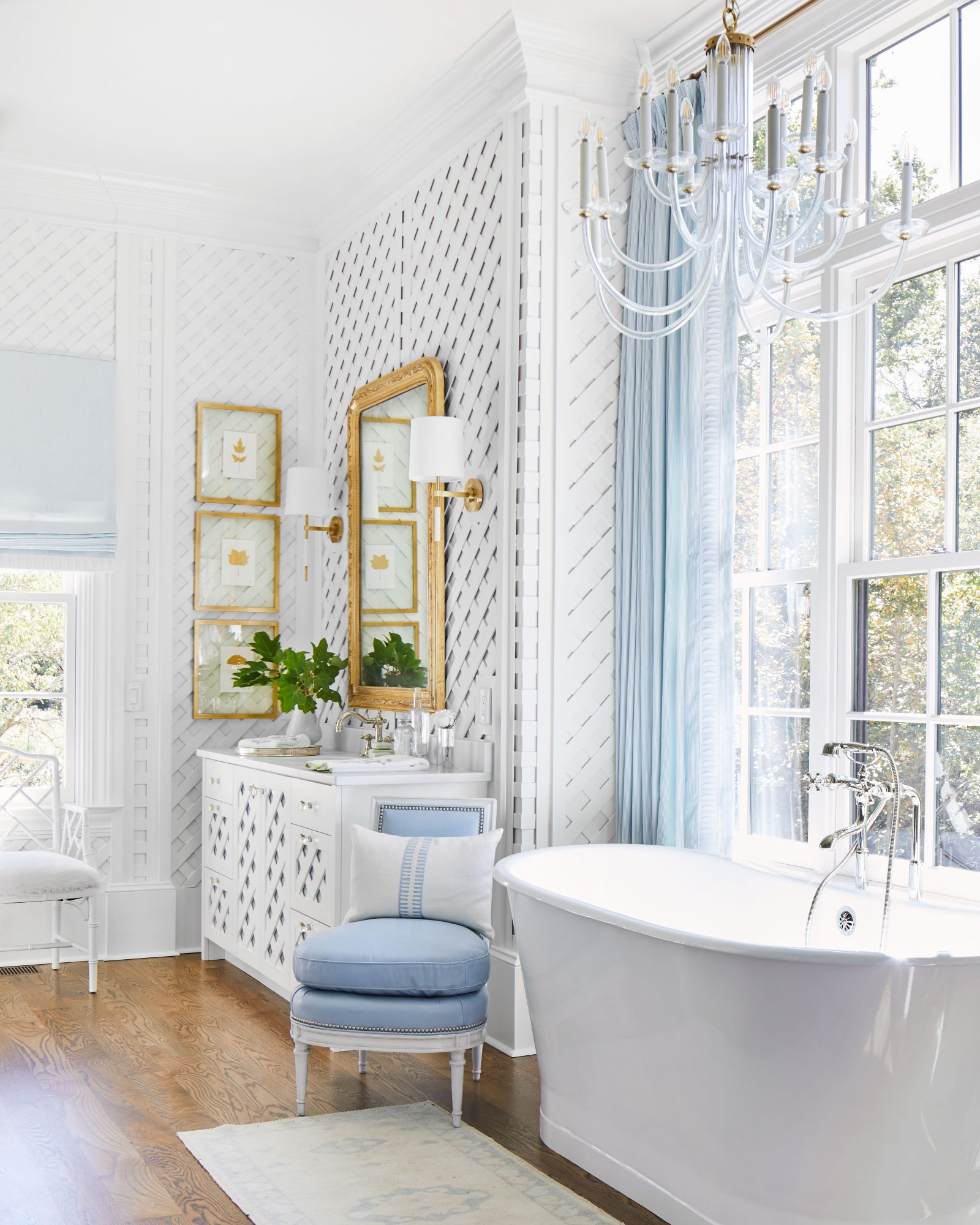 Blue and White Master Bathroom with Trellis Clad Walls