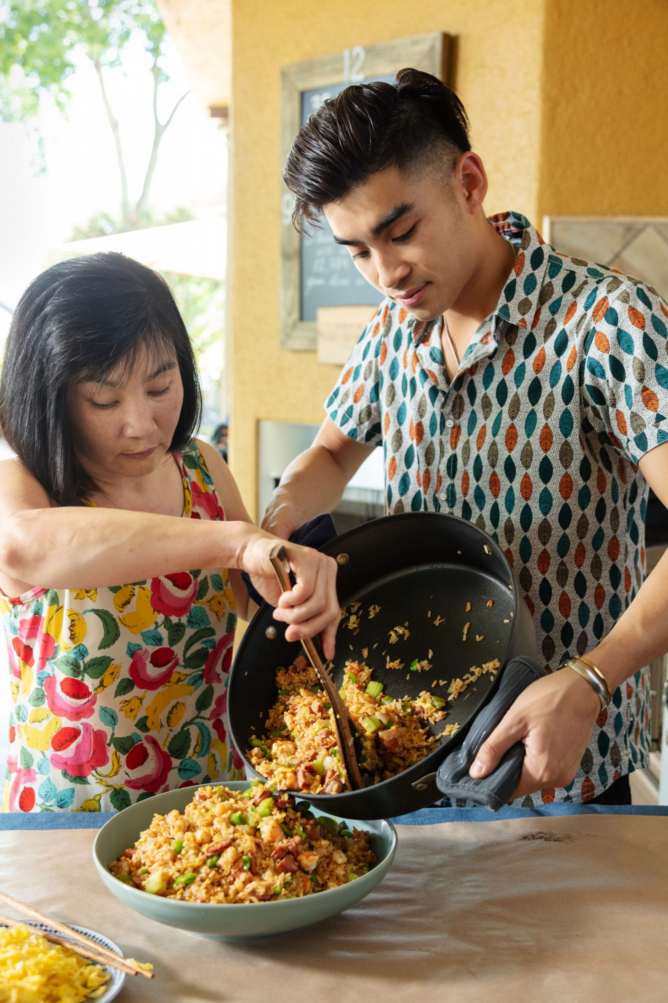 Dan Q. Dao and Aunt Van Cooking Viet-Cajun Fried Rice