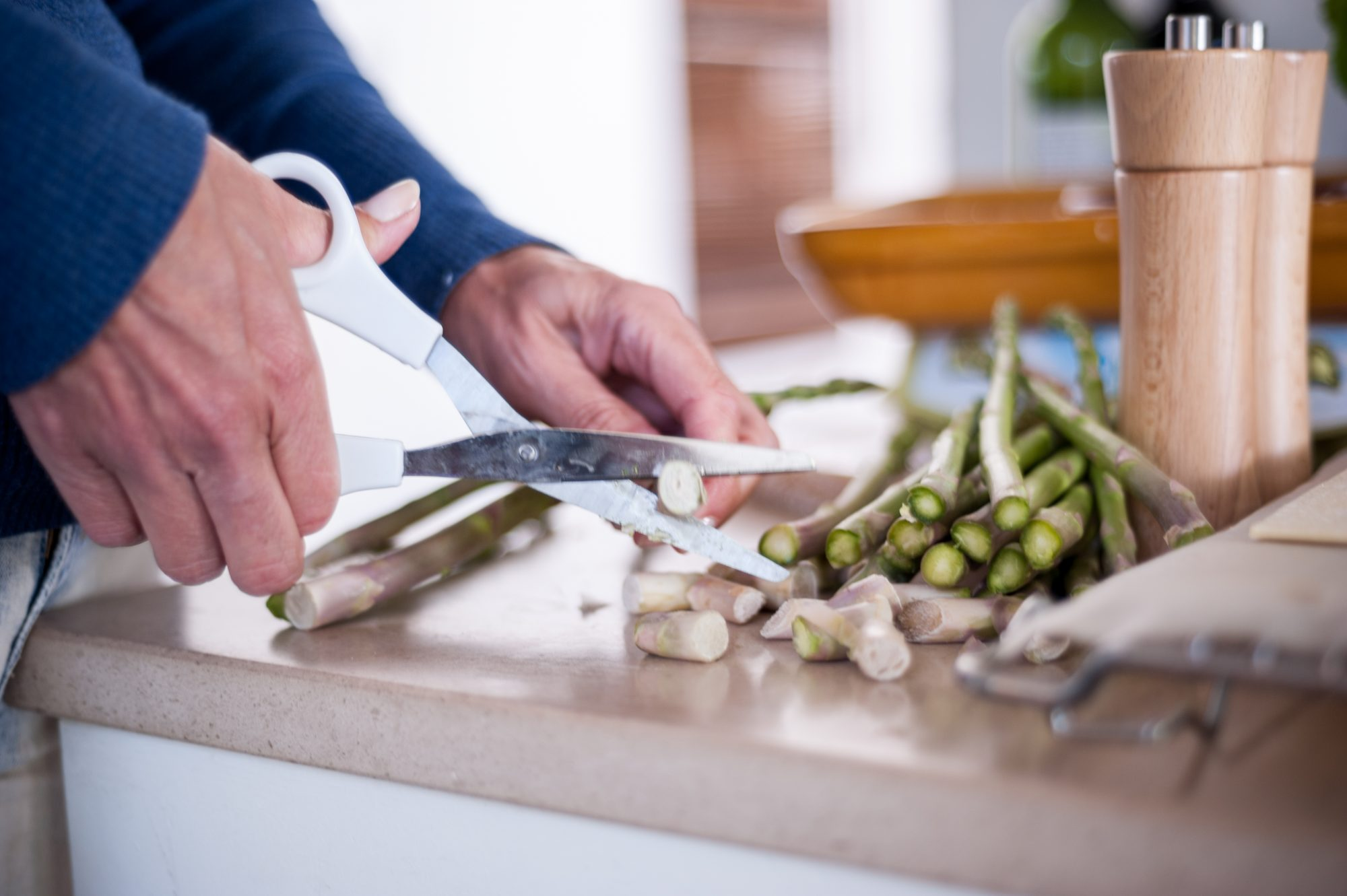 15 Ways to Use Your Kitchen Shears