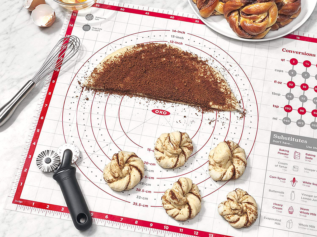 OXO Good Grips Silicone Pastry Mat Tout