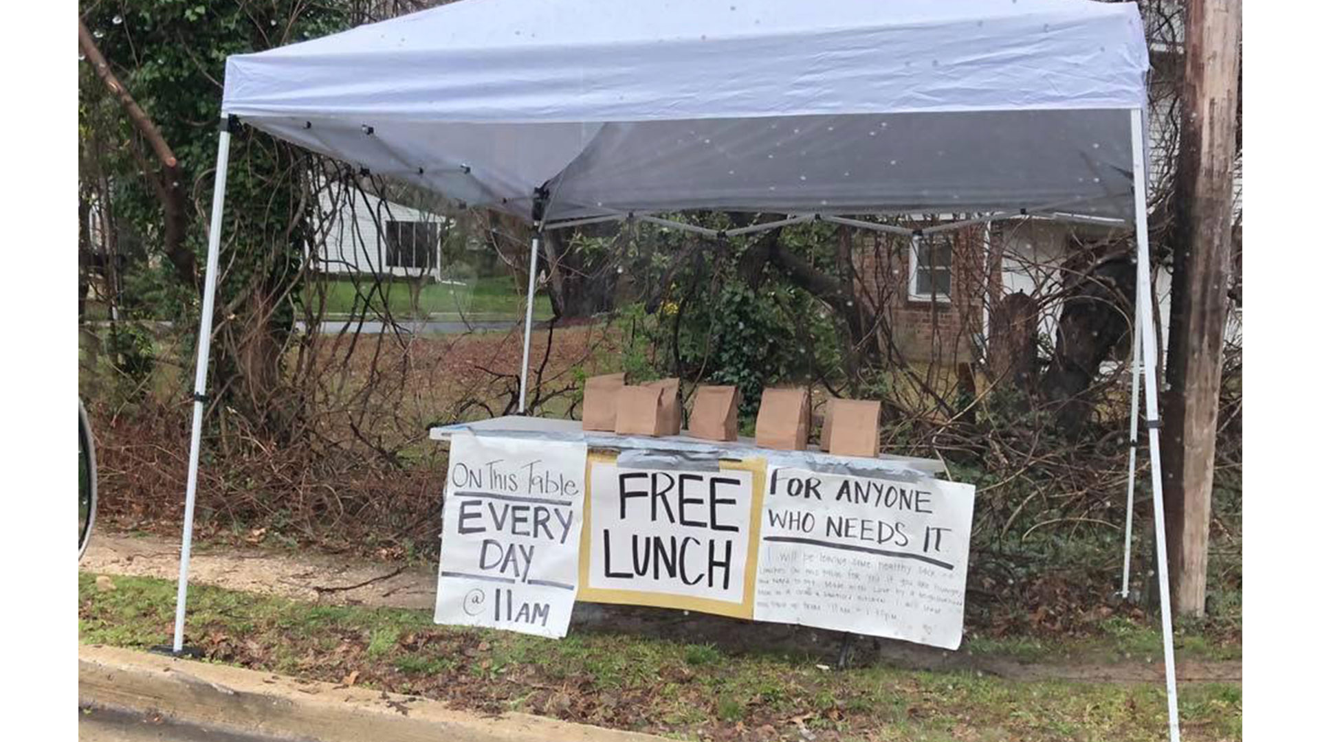 """A Maryland Mystery Mom is Leaving Free Lunches out """"for Anyone Who Needs It"""""""