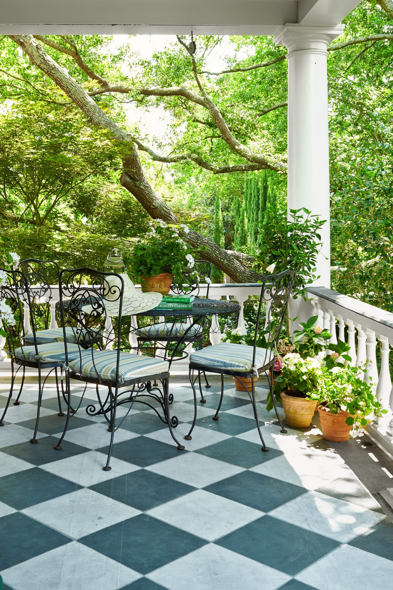 Charleston Porch with Casual Bistro Table