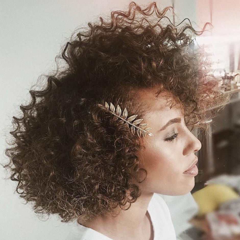 Volume-Packed Curly Cut