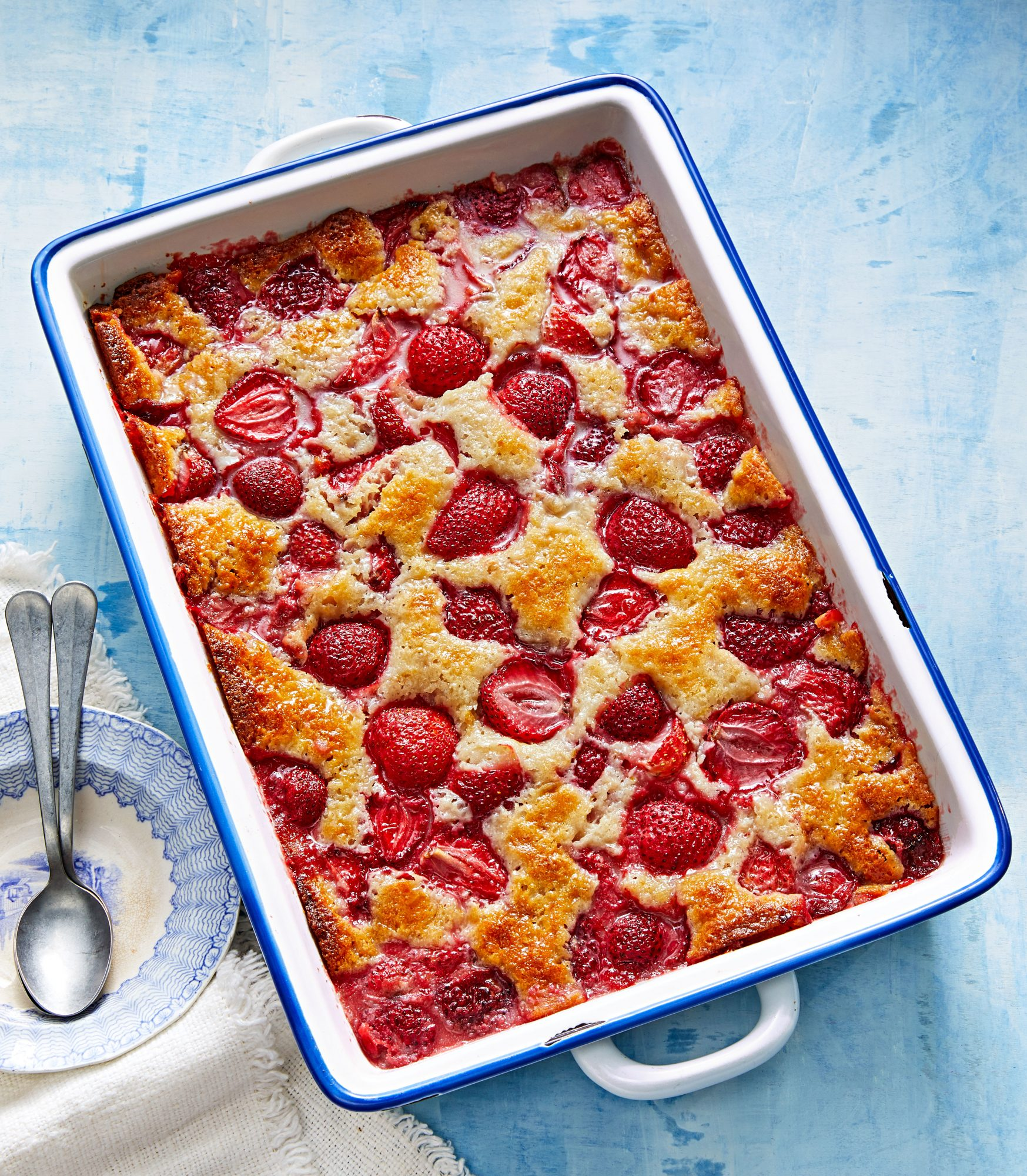 Cakey Strawberry Cobbler