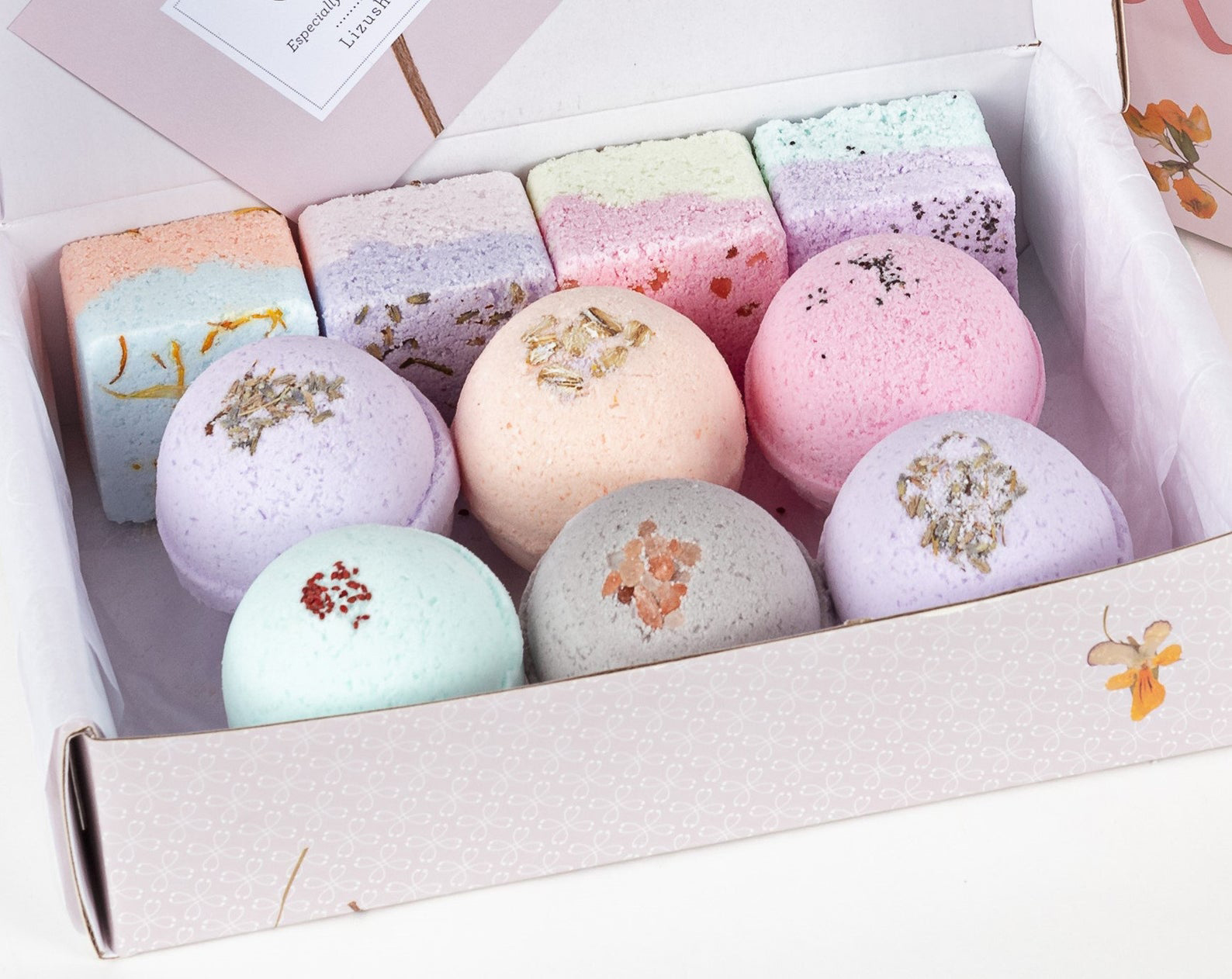 Bath Bomb and Shower Steamer Gift Set