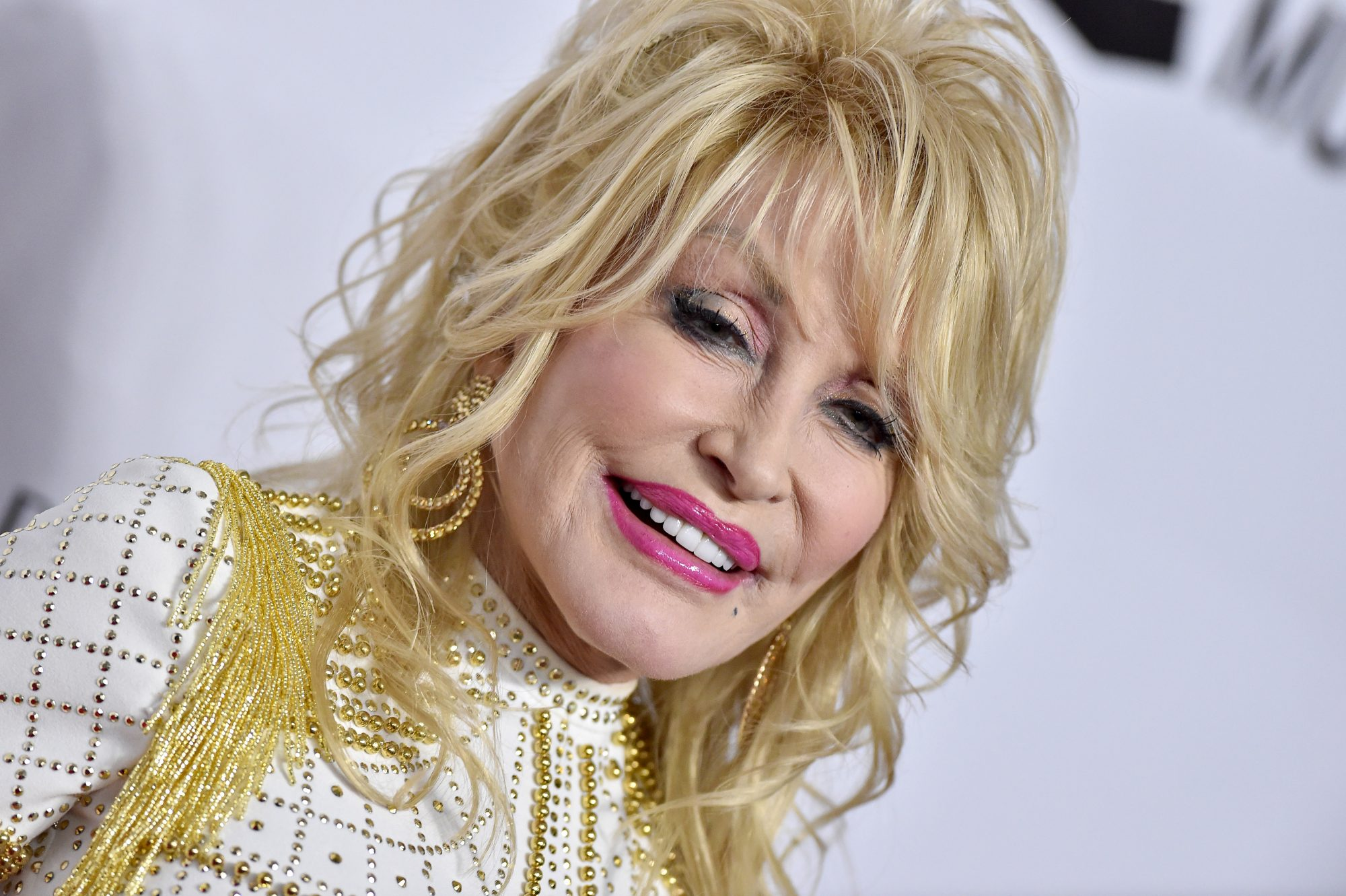 """Dolly Parton Shares Mother's Day Message and Performs Moving Song About Her Own Mom, """"Mama"""""""