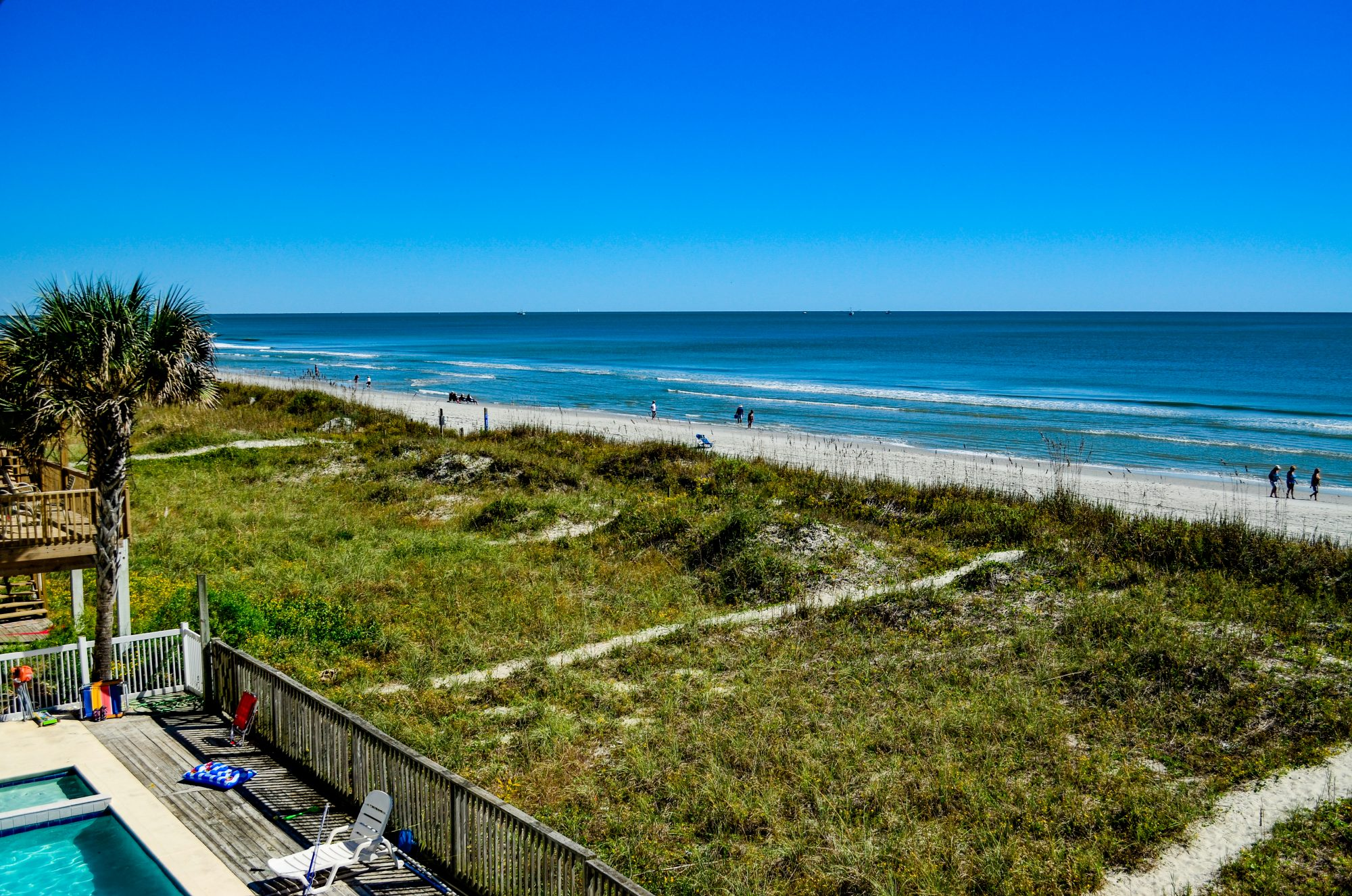 The Myrtle Beach area of South Carolina is a year-round vacationers' paradise along the sun-drenched shores of the Atlantic coastline. Wide, sandy beaches stretching 60 miles from Little River to Georgetown lure visitors back again and again.