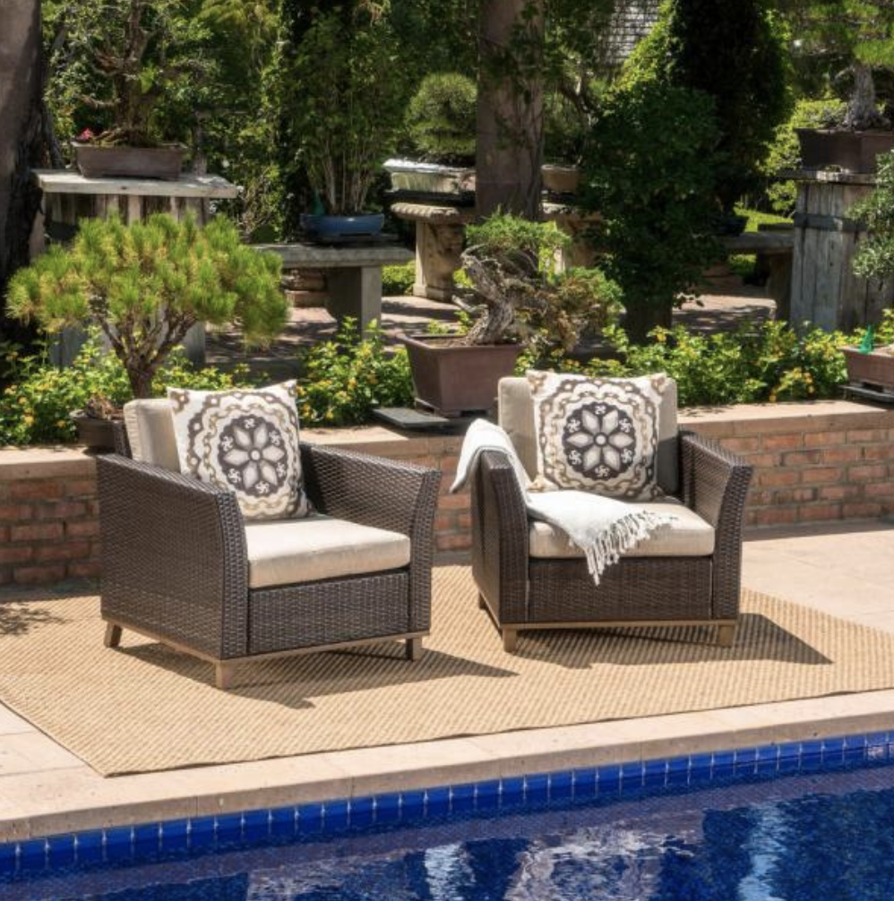 Mixed Brown Aluminum-Framed Wicker Outdoor Lounge Chairs with Mixed Beige Cushion (2-Pack)