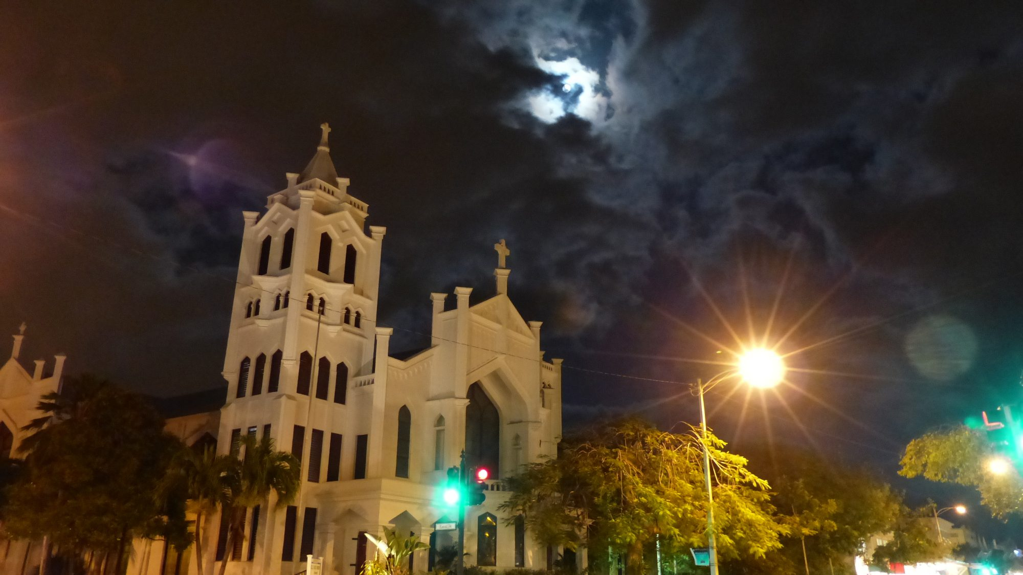 More: Best Coastal Ghost Tours If you're into the paranormal, then you've come to the right place. Key West is home to its fair share of ghoulish haunts like the town's oldest graveyard, historic Victorian mansions and more. The local ghost hunters say e