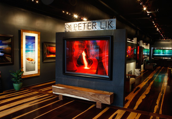 Because of its colorful history and tropical landscape, Key West has attracted international artists from around the world for years. Browse through island-inspired collections at places like the Peter Lik Gallery at 519 Duval Street.
