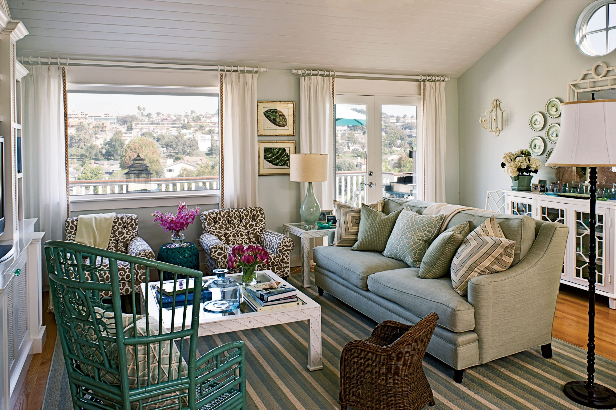 Layering patterns and textures is a breeze with blue, green, and brown tones. They look great together in nature's seascapes and using them indoors brings the outside in.