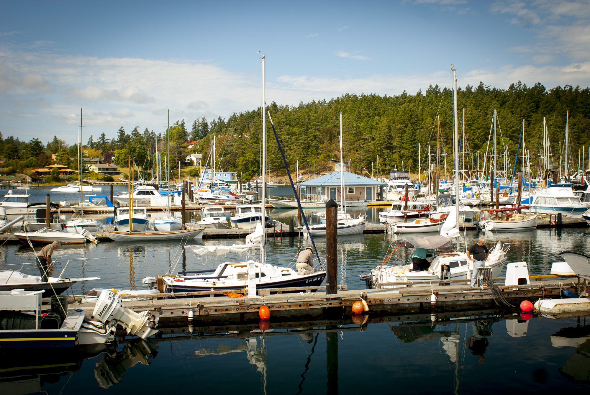 Amid the striking beauty of the San Juan Islands, this historic little seaport on San Juan Island itself buzzes sweetly with a lively little downtown and waterfront with rich farmland surrounding it all. And if that weren't enough, beyond lie the prospect of orcas and eagles against the backdrop of the Olympic Mountains.