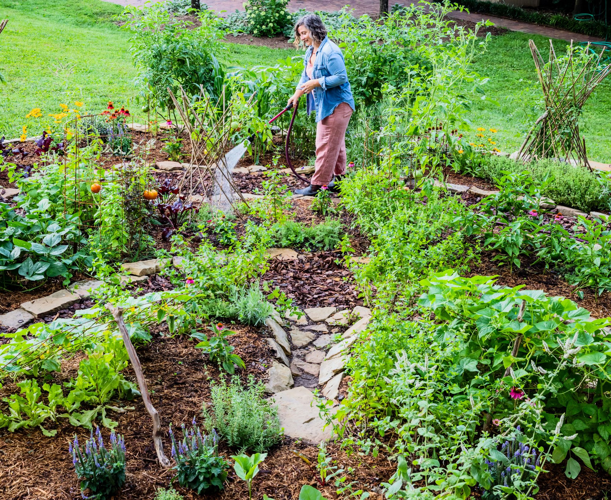 Kelly Smith-Trimble's Knoxville, TN Labyrinth Style Vegetable Garden