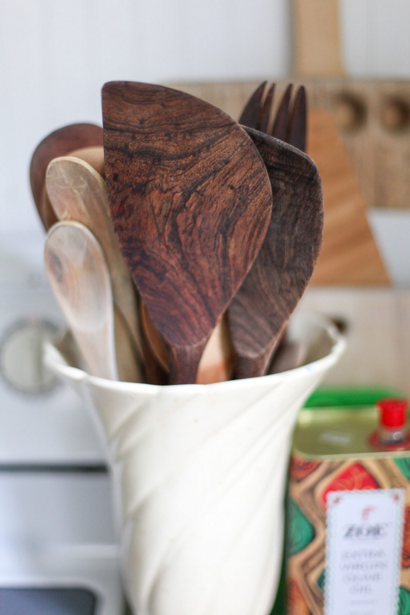 Wooden Spoon Collection in Cream Vase