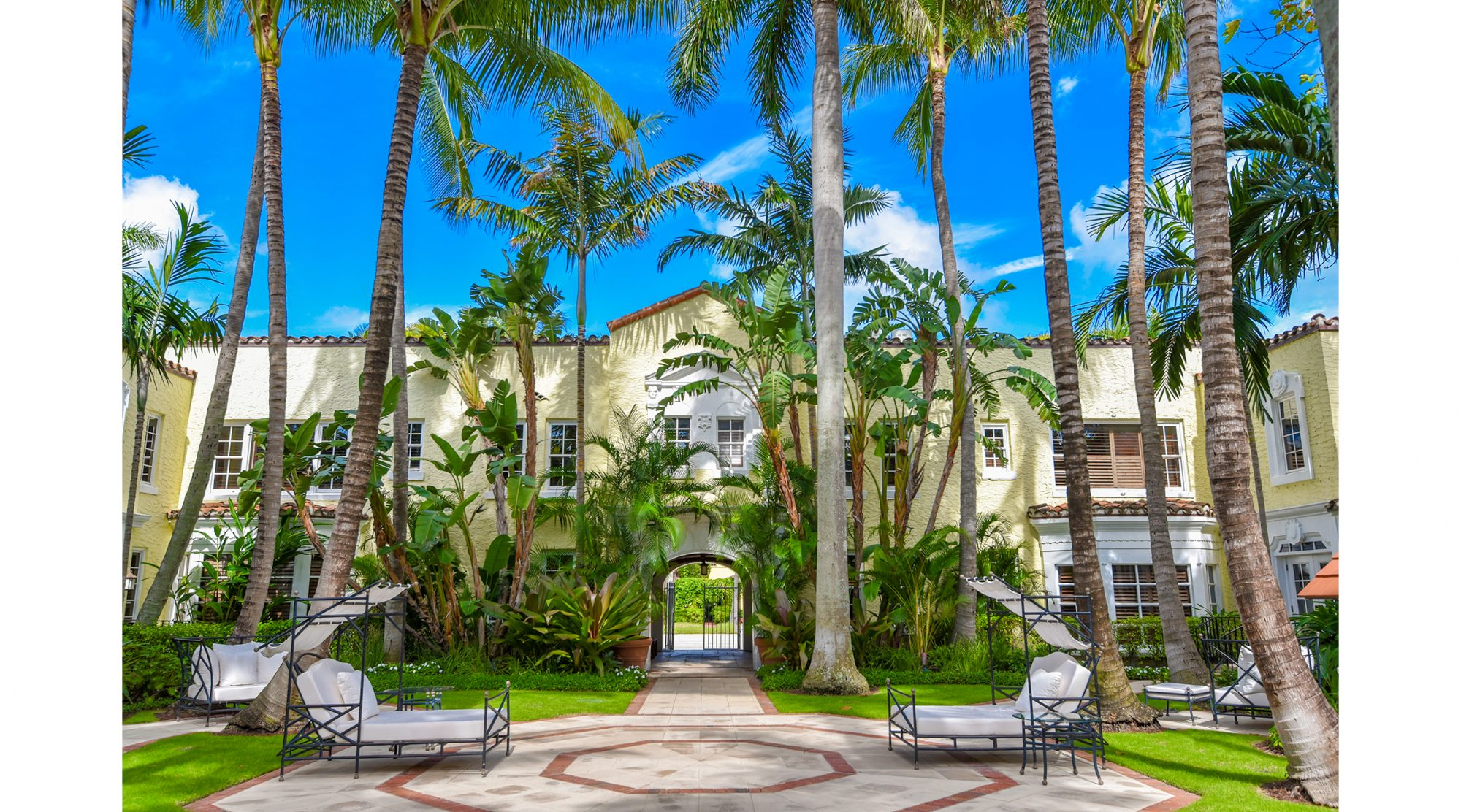 The Brazilian Court Hotel sits just a few blocks from the tawny sands of Palm Beach, but beautifully designed spaces like the window-wrapped conservatory, the elegant ballroom, and the iconic Candela-designed courtyard with its lush tropical canopy and famous wishing well may inspire you to host all your events on the intimate, impeccable property. This 90-year-old Palm Beach gem has played host to hundreds of storybook weddings over the years, so they know a thing or two about making your night unforgettable.