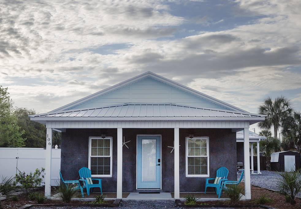 Located just feet from Laguna Beach, near family-favorite Panama City Beach, this private, serene rental boasts a colorful, slightly eclectic décor that instills a playful, energetic vibe in the space. With slightly more space than most small cottages—thi