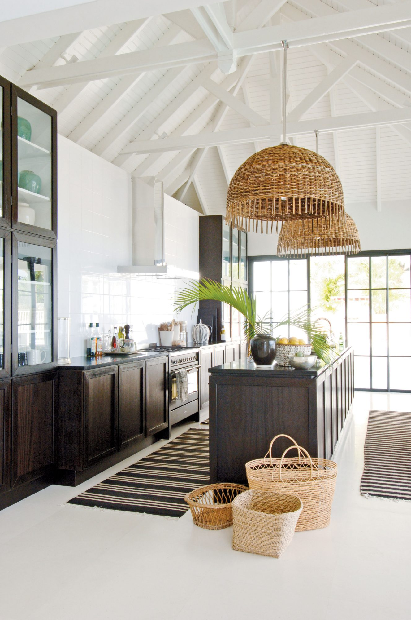 The varying shapes and sizes of stripes and rectangles keep the look from being too repetitive. Oversize basket-weave shades are delightfully unexpected.