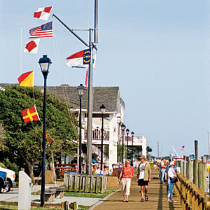 Beaufort, North Carolina                             This diverse small town is located at the southern end of the Outer Banks, this town (pronounced BO-fort) satisfies outdoor enthusiasts with endless beach activities.