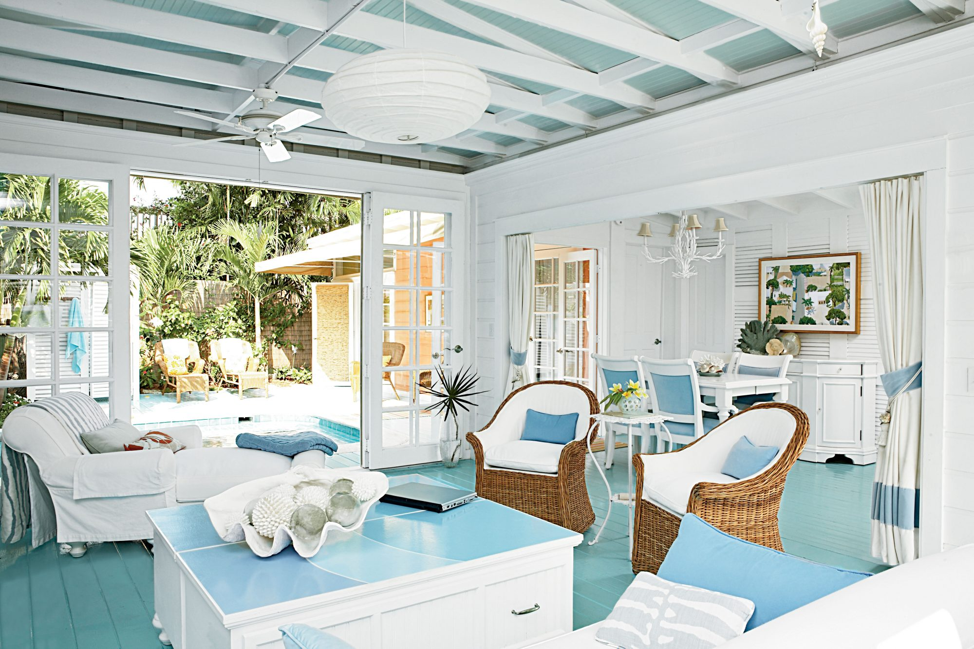 Tropical design can be modern, traditional, a little bohemian, or even all of these together.