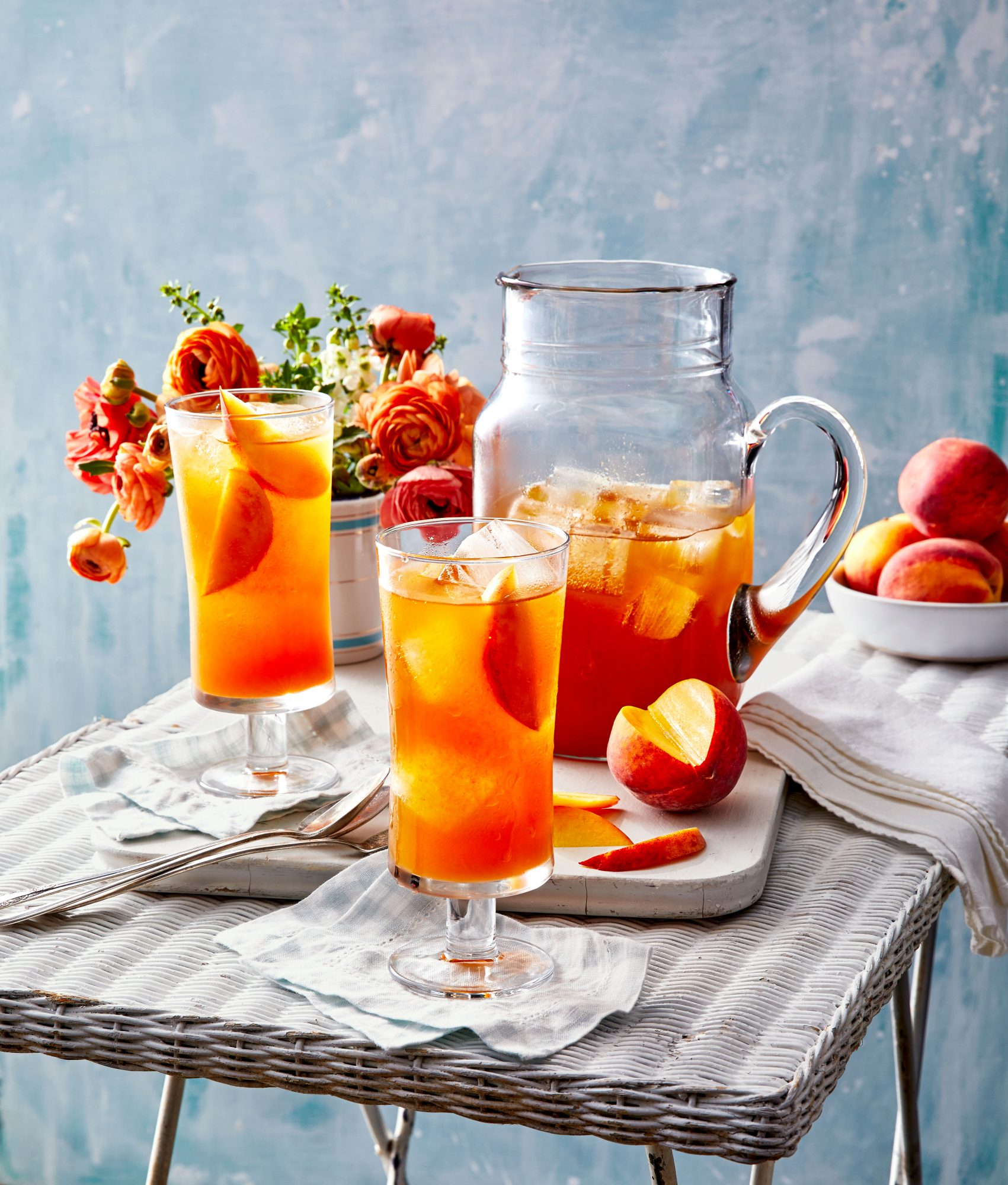 Bourbon-Peach Iced Tea