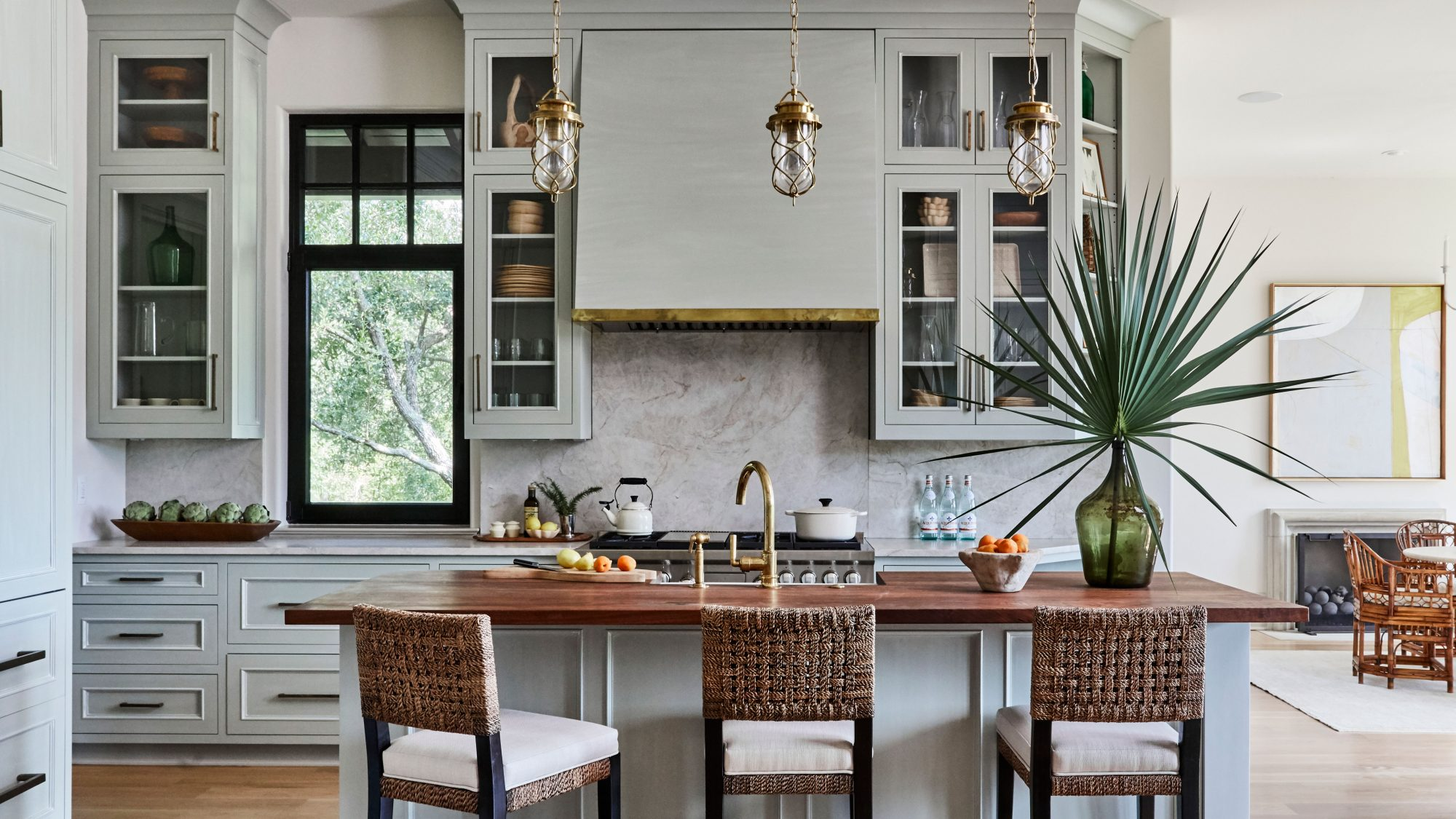 Kitchen with a neutral palette