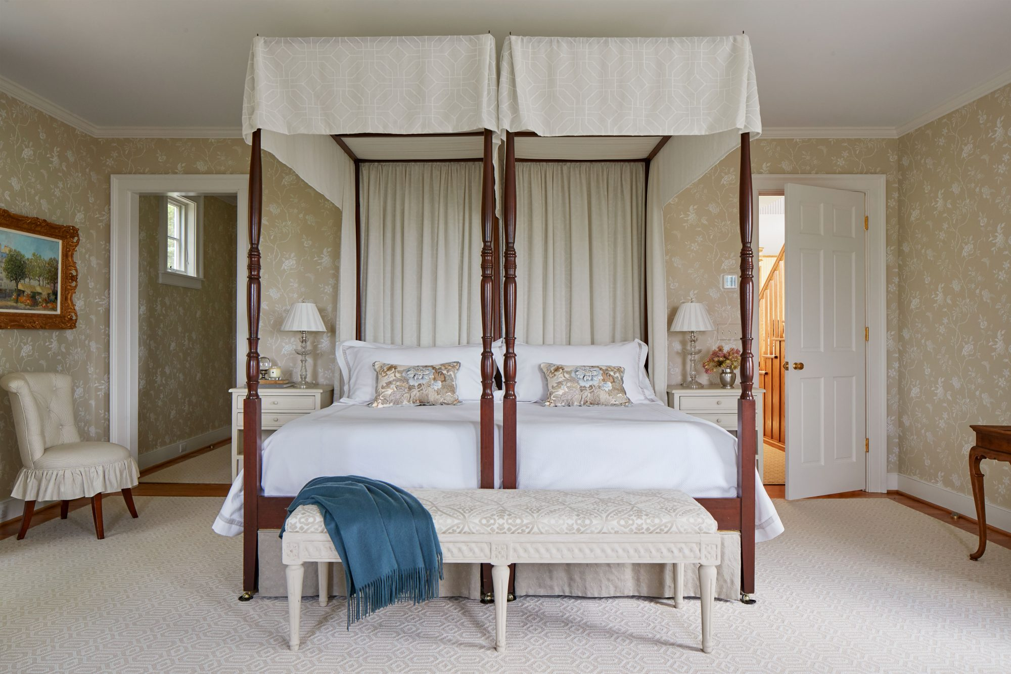 Main Bedroom with Four-Poster Beds and Beige Fabrics