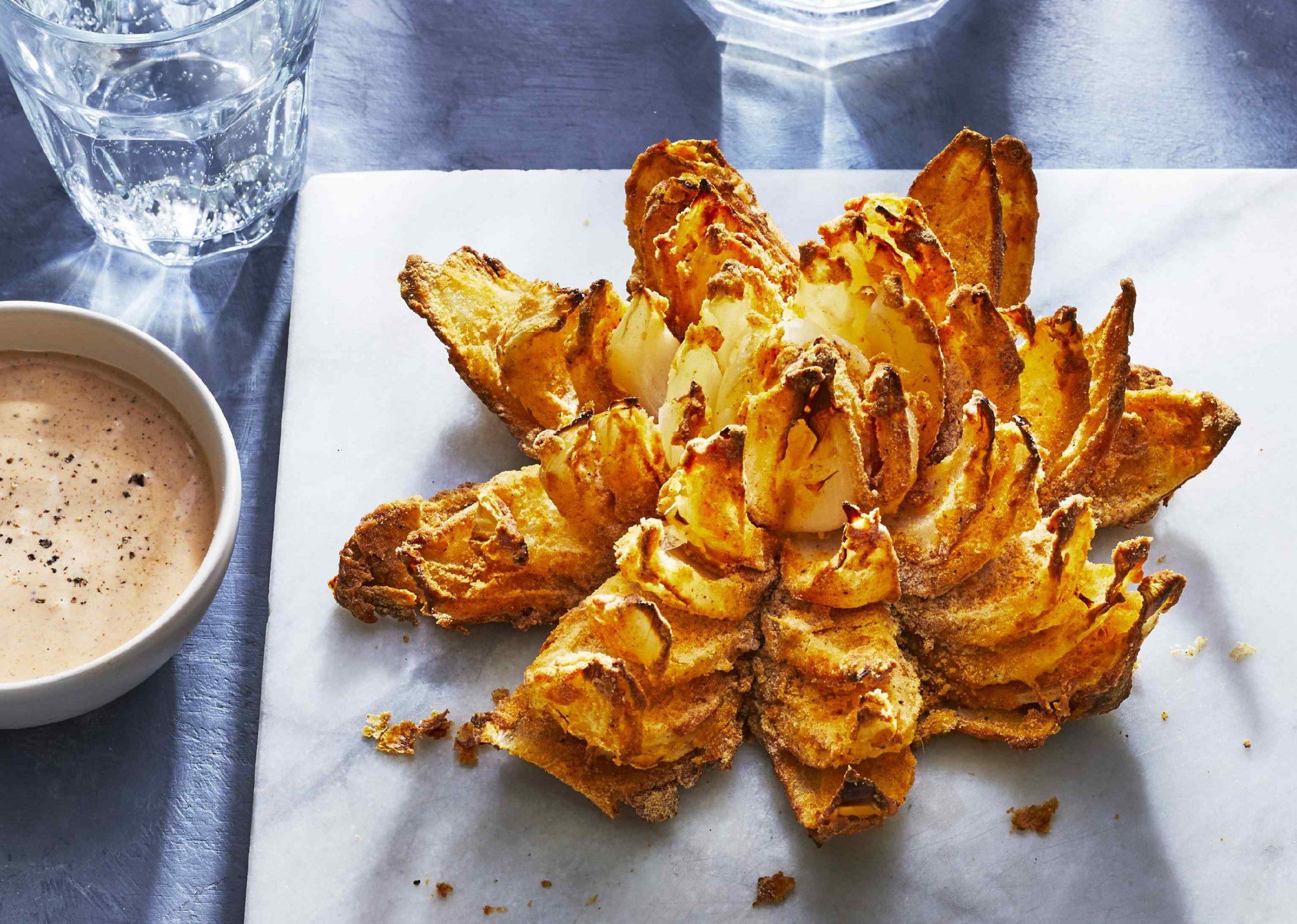 Air Fryer Bloomin' Onion
