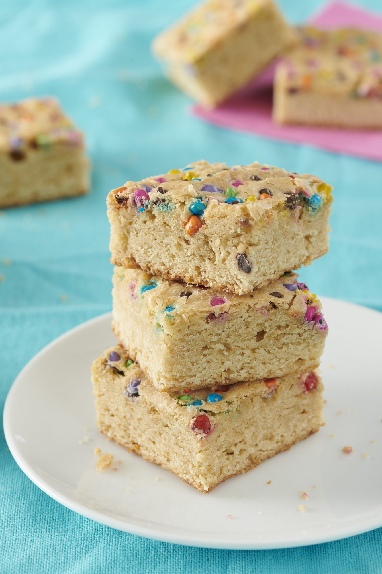 Funfetti Blondie Brownie Lifestyle 1