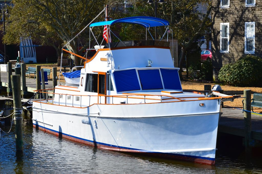The Starry Banner Historic Yacht