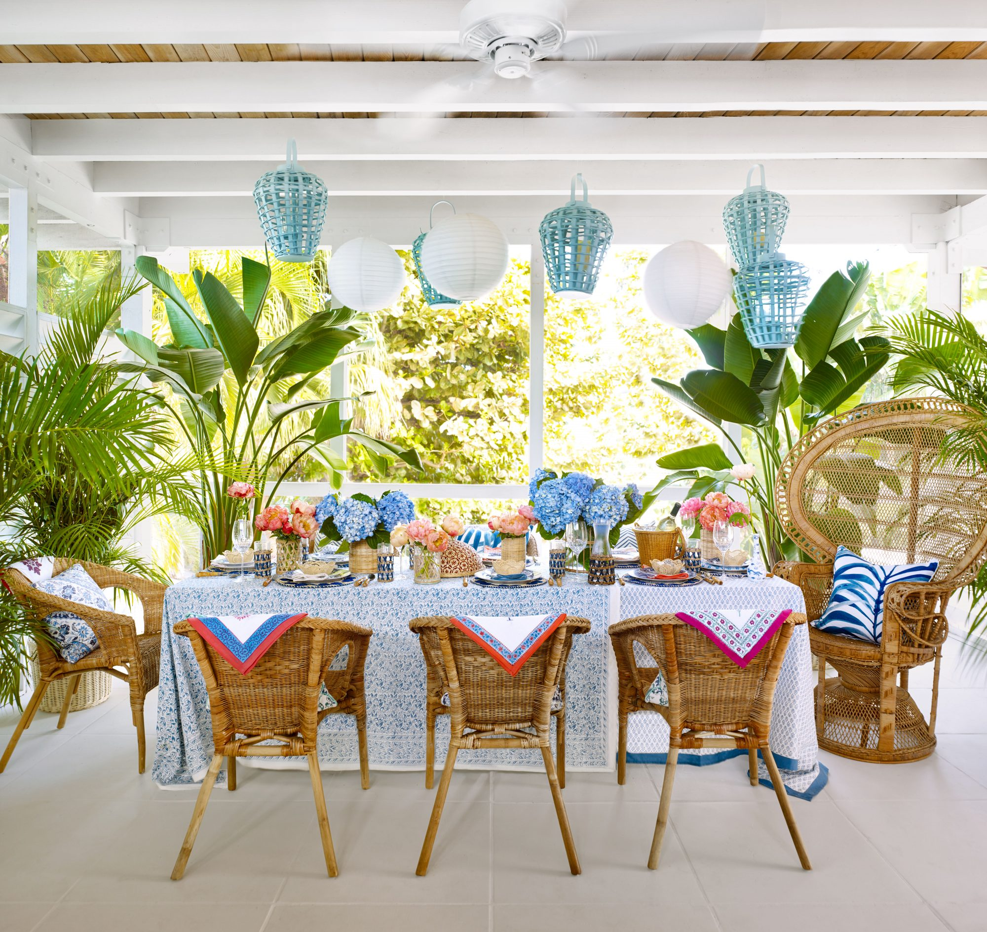 Emily Painter Palm Beach Rental Screened Porch Dining Area