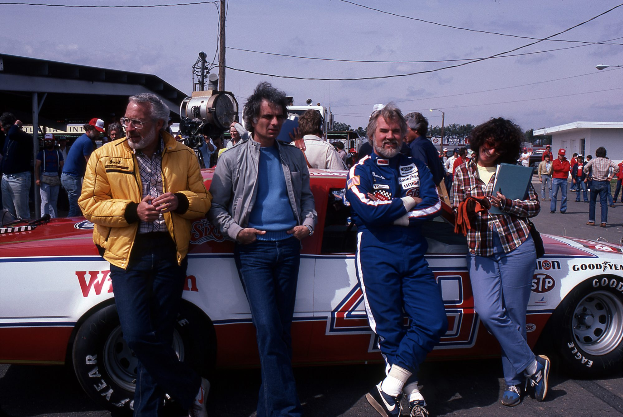 Kenny Rogers On Set Of Six Pack