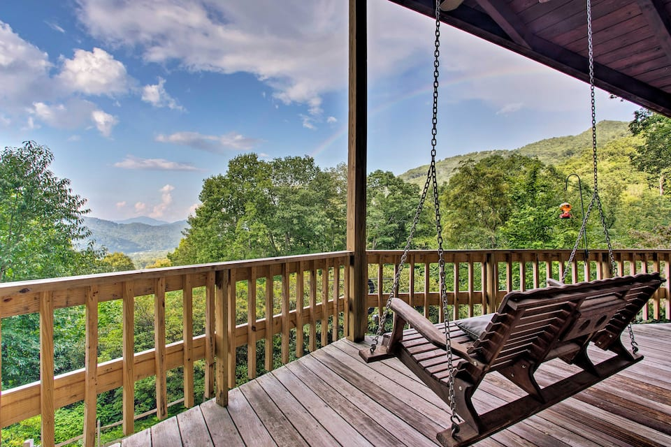 Upscale Blue Ridge Cabin: Maggie Valley, North Carolina