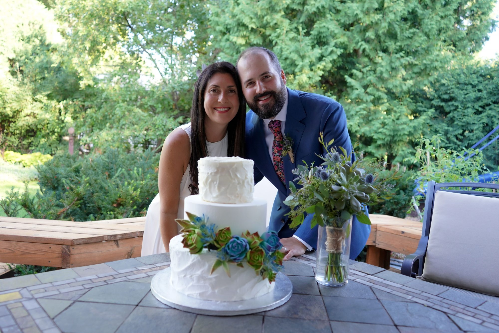 Erin and Ben Cohen and Publix Wedding Cake