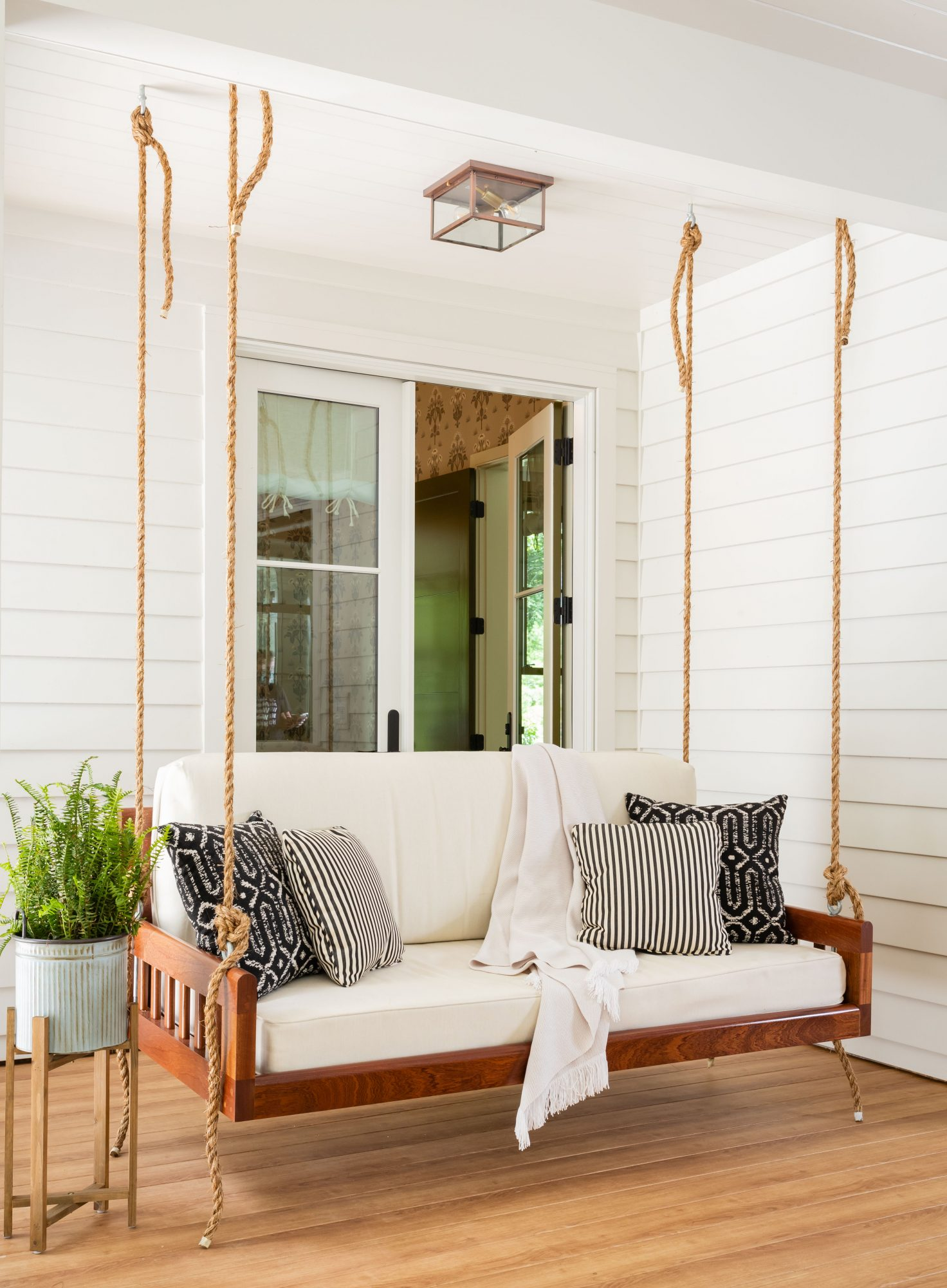 2020 Idea House Screened Porch Swing