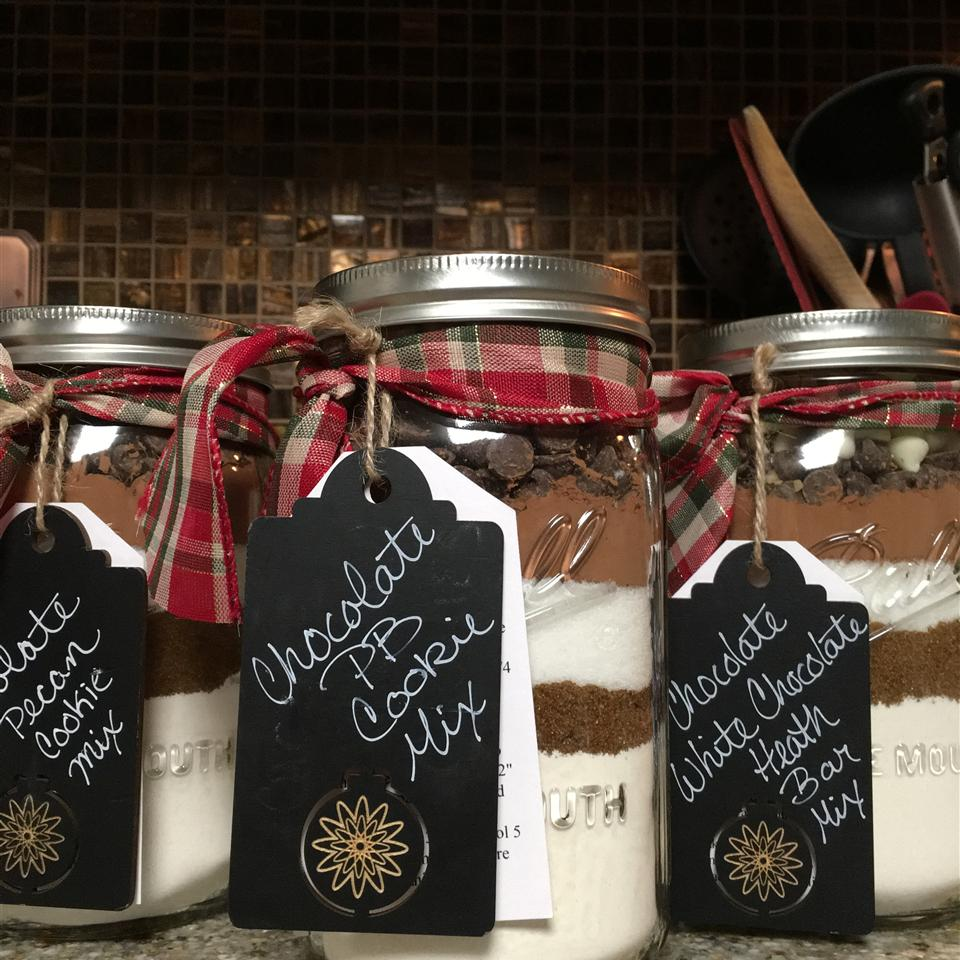 24 Mason Jar Cookies That Make Adorable Gifts Southern Living